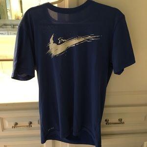 Men's Nike Dry Fit Shirt Size Medium